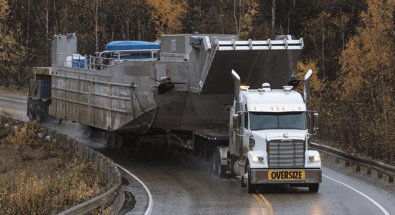 Freightliner_122SD
