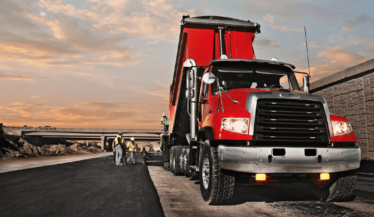 Freightliner_114SD