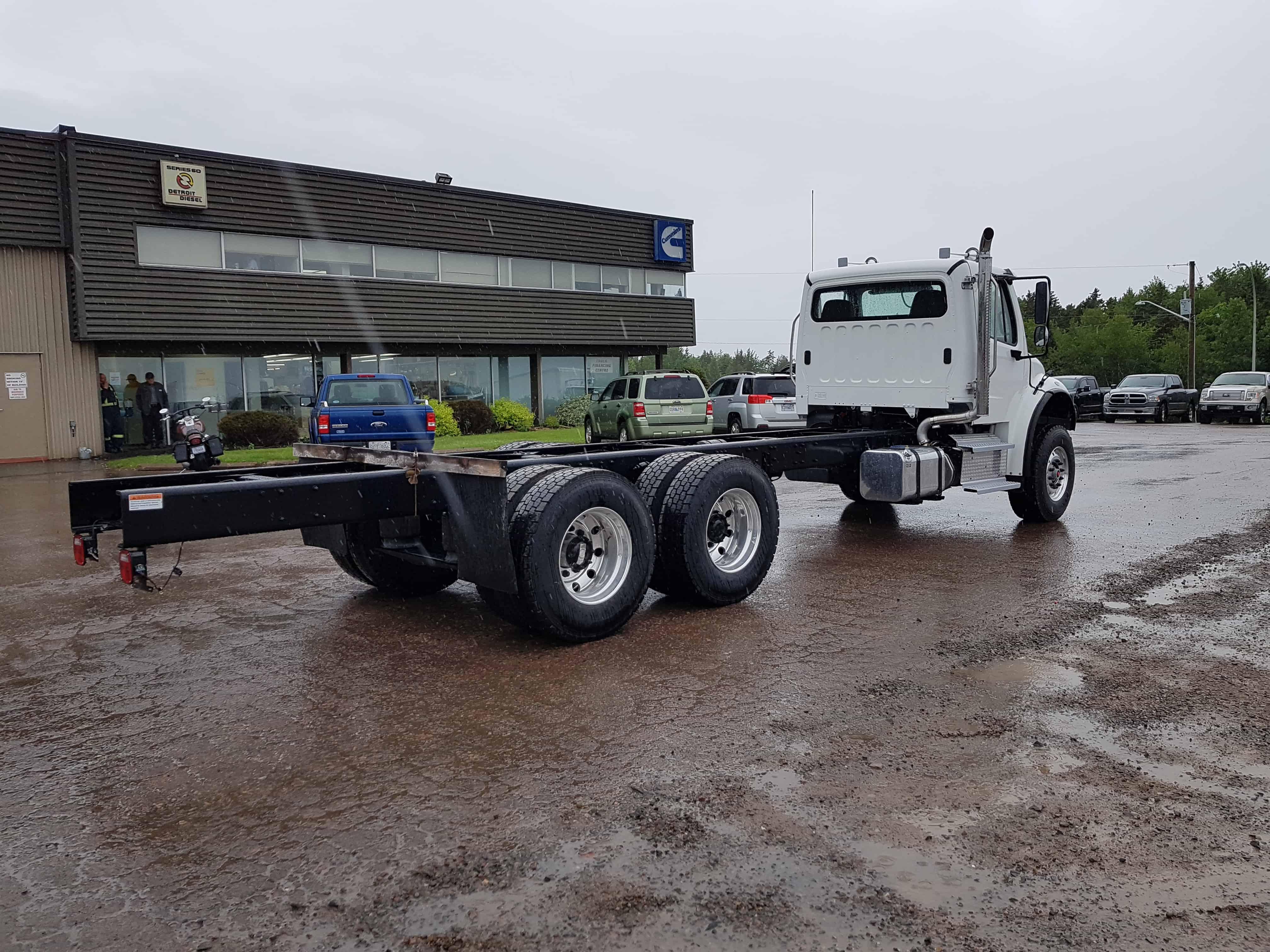 3) M2 106 TANDEMS | Nova Truck CentresNova Truck Centres